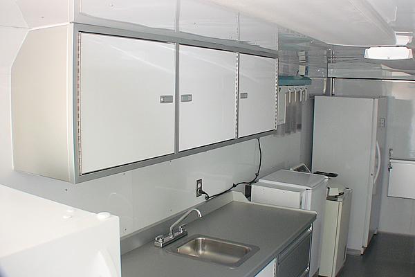 283-custom-cabinets-b