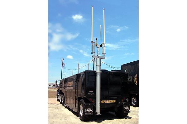 victoria-sheriff-mast-5