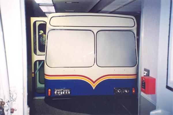 156-technology-showroom-trailer-2