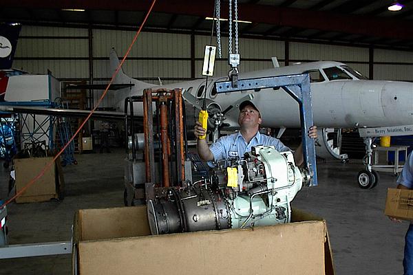 mobile-turbine-aircraft-engine-test-facility-8