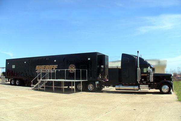 351-command-trailer-truck-f