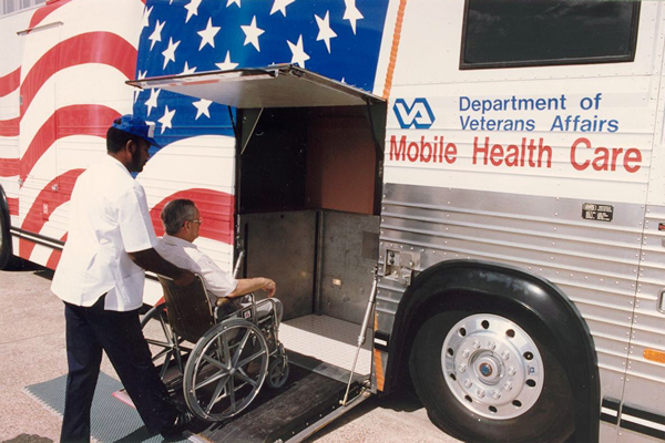 44-va-mobile-health-clinic-1d